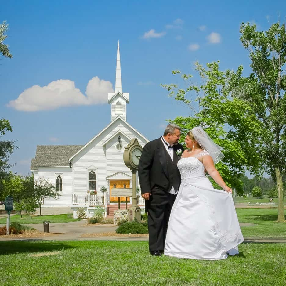 Heritage Park Weddings Are Some Of The Most Beautiful In Southeast Michigan Our Chapel Is Located Taylor